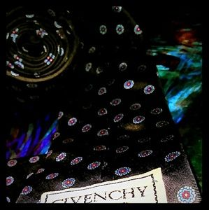 Other - givenchy tie